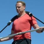 Nik Wallenda walks across Grand Canyon using a high-wire, a balancing pole and no safety measures
